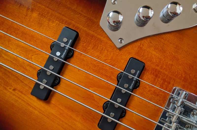 Fender Fretless